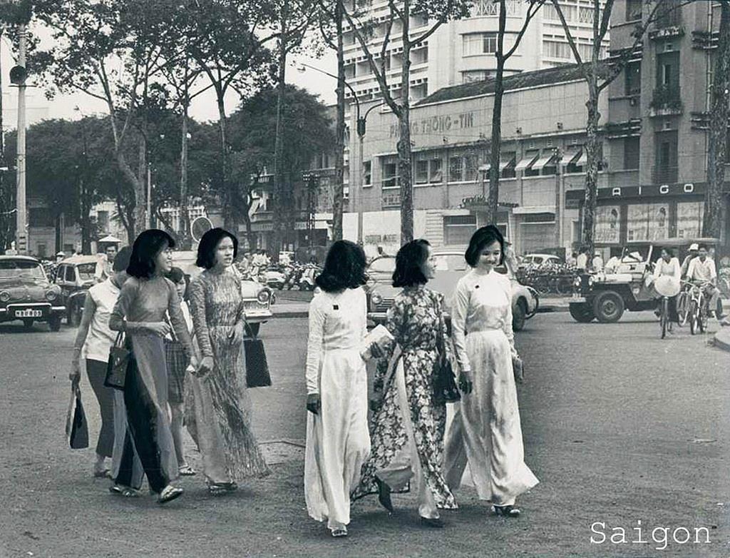 Image result for Chuyện cái giọng Sài Gòn